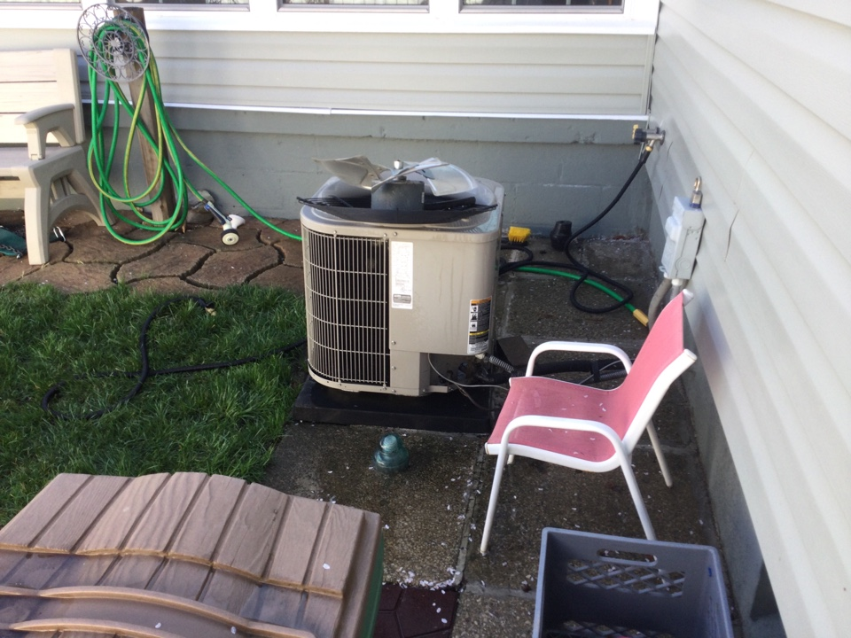 Columbus, OH - Performing maintenance on a 2011 Bryant, air conditioner.