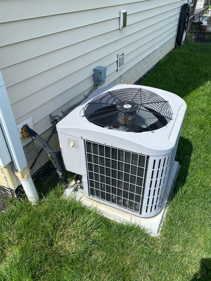 Lewis Center, OH - Proposed cost of installing air condition