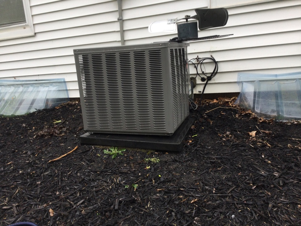 Worthington, OH - Performing maintenance on a 2012 rheem air conditioner