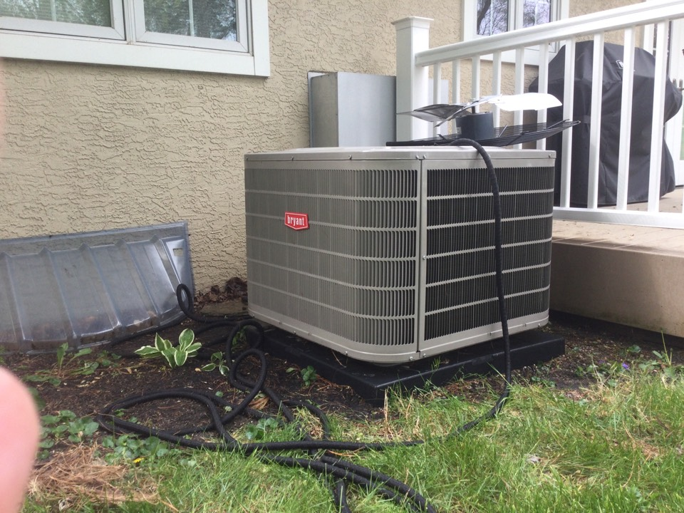 Worthington, OH - Foreman maintenance on a 2018 Bryant, air conditioner