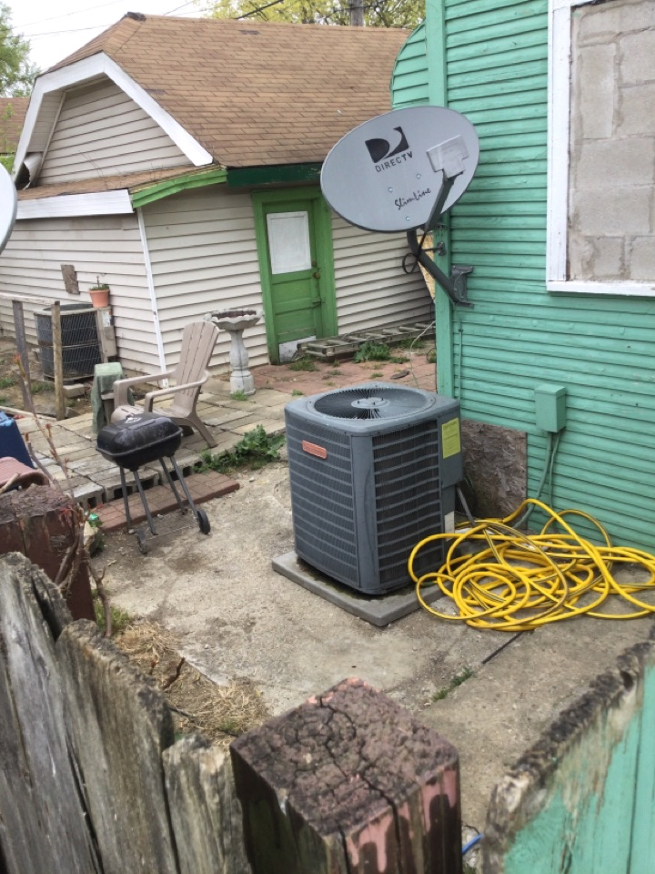 Delaware, OH - Ac maintenance inspection all systems operating at this time. Cleaning condenser coil, checking electrical connections and cycling equipment to ensure proper operation today. Unit is ready for summer.