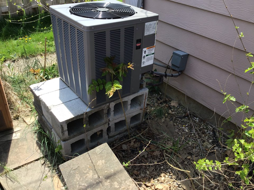 Dublin, OH -  found trap on water tank not filed and leaking I was able to get water back in trap. I also found the old EAC grates in filtration system I removed and filter is clean