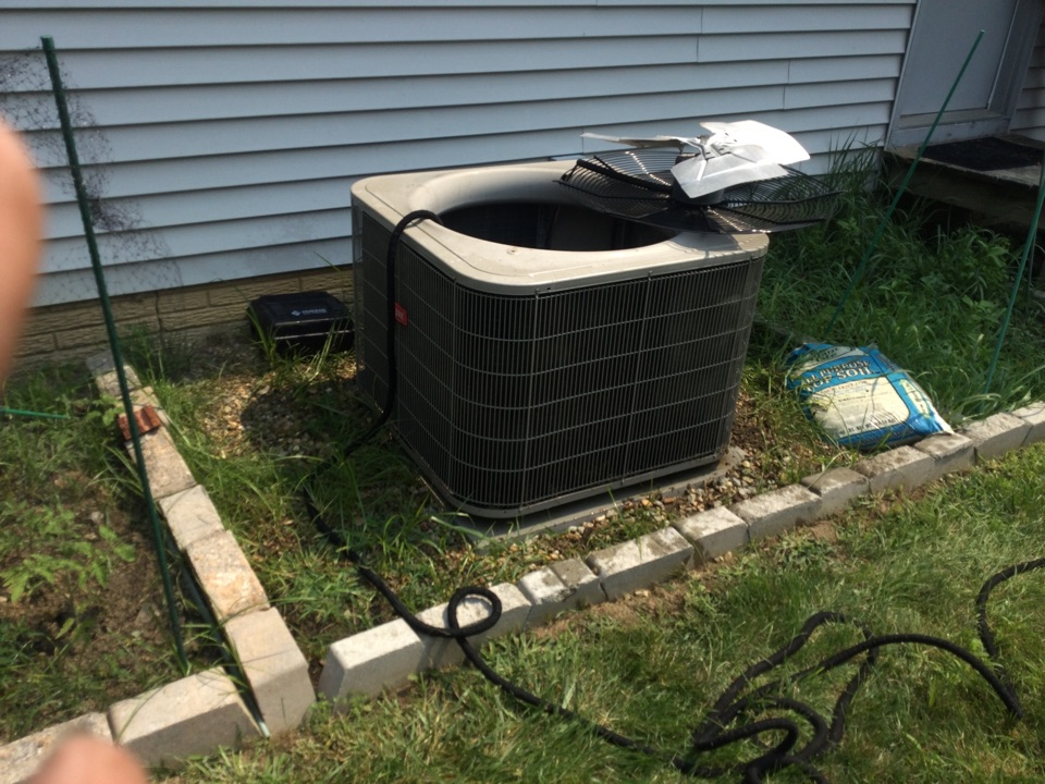 Dublin, OH - Performing maintenance on a 2012 Bryant air conditioner