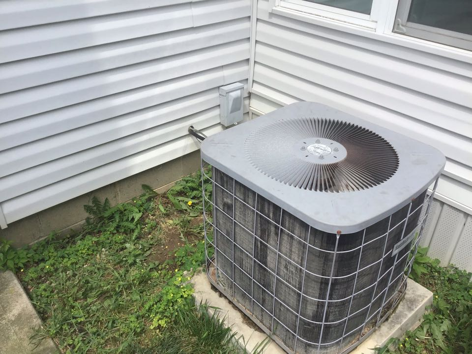 2002 Goodman ac. Not working cap is bad   Replaced and did clean and check on system pressures are good. No cool is now cooooling
