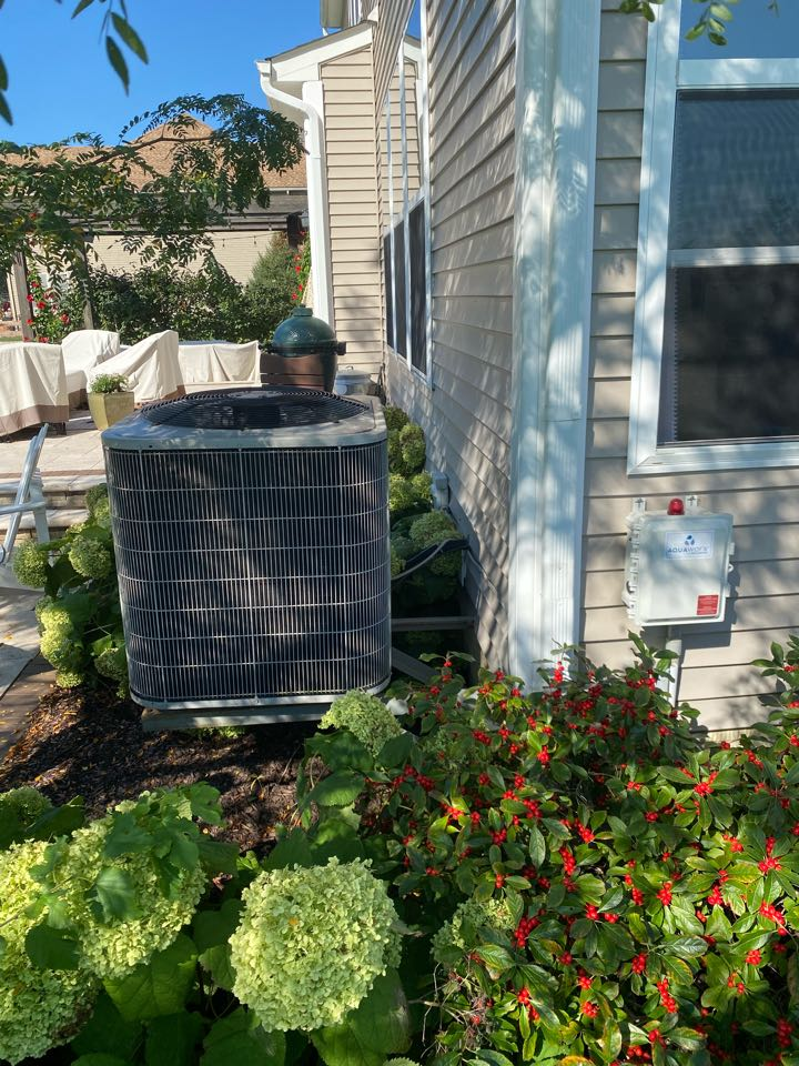 Cost to replace heat pump. Install condenser on the ground
