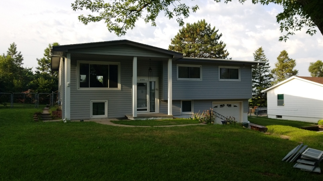 Bellevue, NE - Just finished another exterior upgrade to Prodigy Siding, soffit and fascia.  This home is ready now for another harsh Nebraska winter!