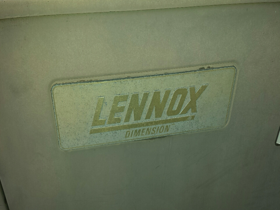 Kenosha, WI - ac maintenance tuneup Lennox ac