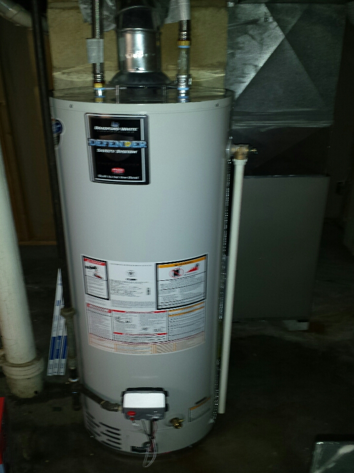 Kenosha, WI - install new Bradford White 40 gallon water heater