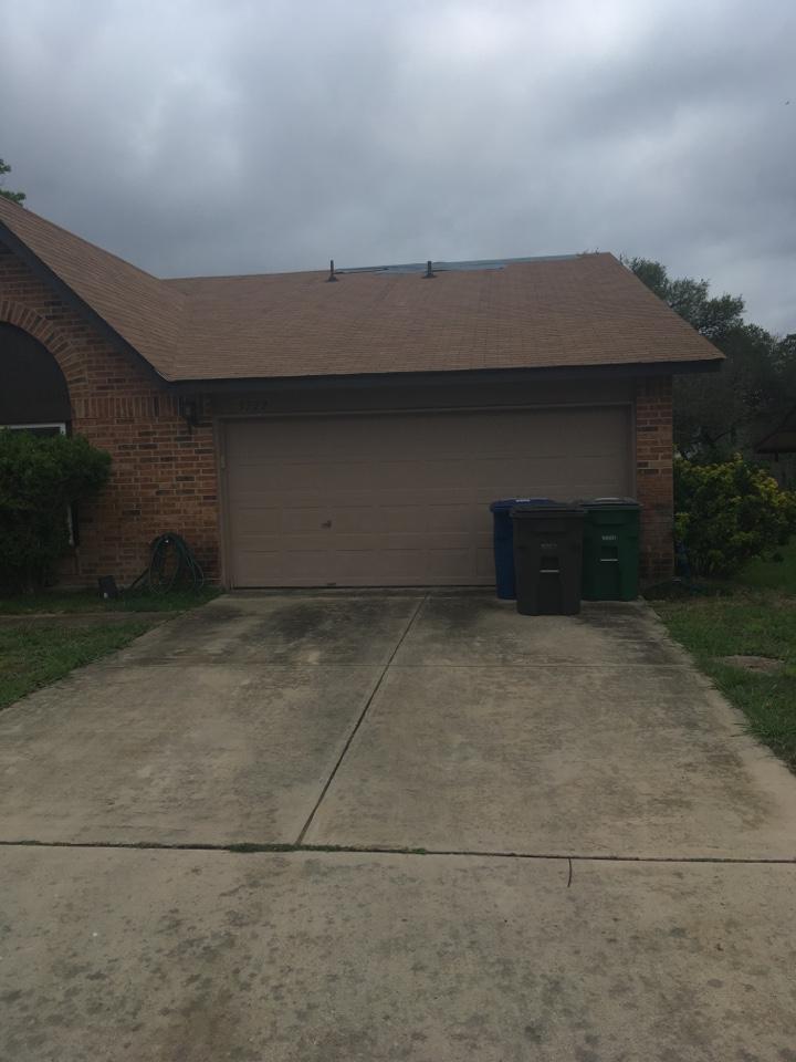 San Antonio, TX - Fail inspection emergency tarp in San Antonio Texas 35 square shingle roof