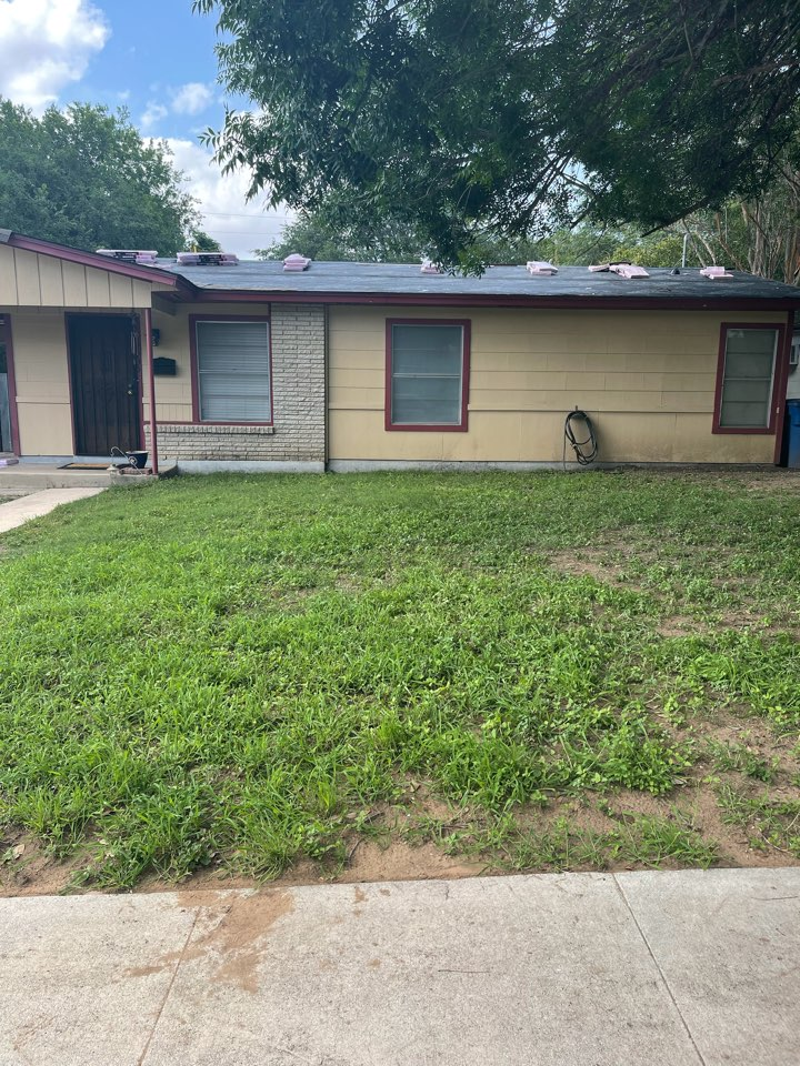 San Antonio, TX - We are removing and replacing shingles we are using the Owens Corning true definition Duration the color Brownwood