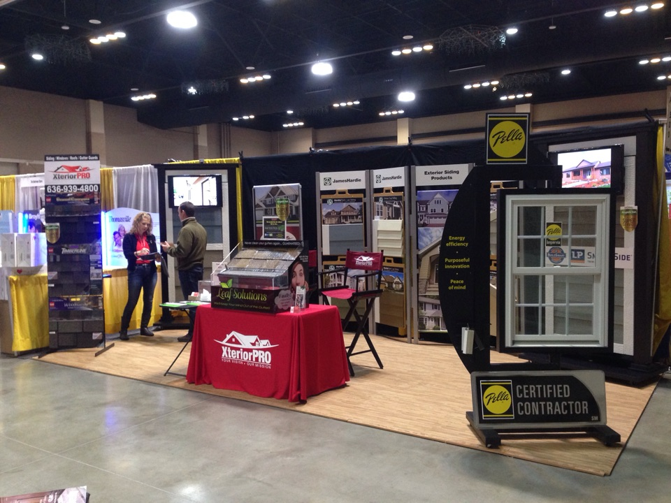 St. Charles, MO - Working the St. Charles Home and Garden Show.  Displaying the James Hardie fiber cement siding, LP Smartside engineered siding with Diamond Kote finish, Pella Impervia Fiberglass Windows and the Leaf Solution gutter guard system.