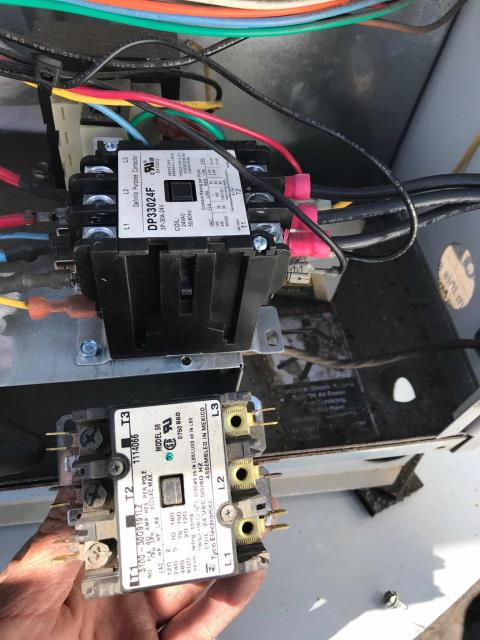 Manhattan Beach, CA - Quoted air conditioning repairs scheduled for a weight loss center in Manhattan Beach, California. Their #2 ICP unit had a failed disconnect box, blown fuses and contactor that needed replacement. After making repairs, the tech tested the system and cycled. Unit running normally now.