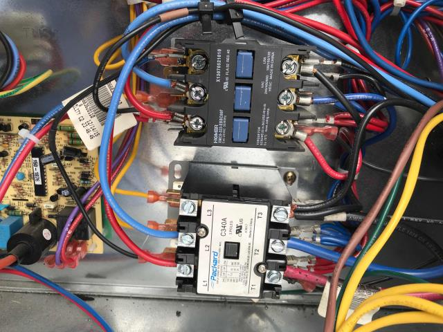 Approved air conditioning repairs scheduled for a retailer in Beverly Hills, California. Their commercial 10 ton Trane package unit had a failed compressor contactor that had to be replaced. After making repairs, tech cycled and ran system to confirm all ops. No more issues to report, unit running normally now.