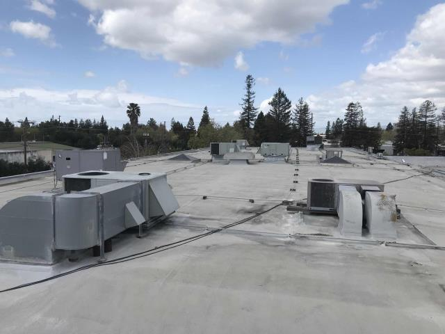 Our EMS technician arrived and a health club in Santa Clara, California, for a commercial HVAC controls survey. Voltage and phases of equipment obtained, full pre-installation checklist completed, economizer info obtained. Will return to inspect two new units customer is installing once work is complete.