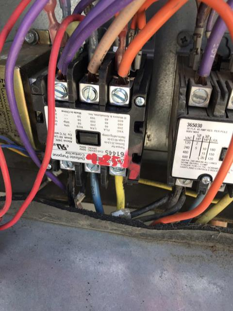 A second repair was scheduled today for a pharmacy in Wasco California. Their #1 roof top air conditioner had a bad compressor contactor. After wiring in the new contactor and testing the system, the technician confirmed the commercial York unit was operational again and cooling as expected. Job complete.