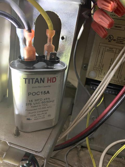 Los Angeles, CA - Quoted air conditioning repairs were scheduled for our commercial customer in LA. Our technician worked on several Trane systems, replacing a blower and run capacitor, as well as a belt. Ran and tested each unit after work was completed, confirmed no more issues onsite.