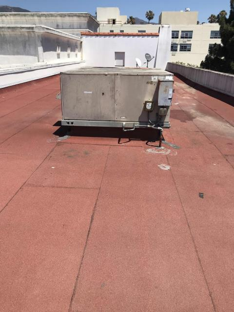 RESSAC returned to a retailer in Santa Barbara, California, to complete repairs on a York air conditioner. Our commercial technicians removed a failed blower assembly, replaced defective components and reassembled. System running well now, no more issues to report.