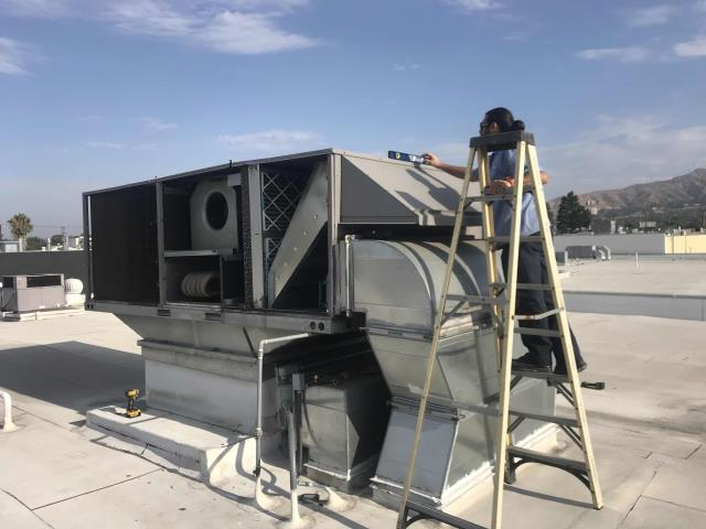 Dispatched our Burbank California technicians to a commercial printer to replace a damaged drain pan on their #6 unit. The ICP air conditioner had to be disassembled, and also lifted with two technicians so it could be re-leveled properly. After completing all approved repairs, the technicians confirmed all operations were normal. Job complete.