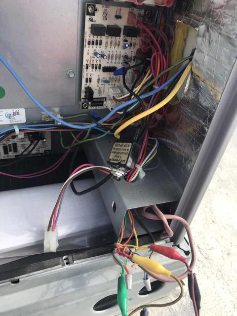 A health center in Brea CA reported that their main lobby air conditioner was not functioning. Our commercial technician checked in with the employees and proceeded to the roof. Found RTU #2 with a blow fuse for the 24V on the circuit board. Traced issue back to incorrect wiring on the transformer, voltage was hooked up wrong. Resolved and tested unit. System runs in both cooling and heating again, no more issues to report.