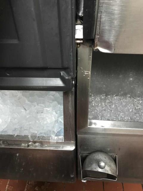 Approved refrigeration work scheduled at a restaurant in Lakewood, CA. A Hoshizaki ice machine was in need of new water filters and a descaling. Our tech completed all repairs, cycling system multiple times and confirm unit was both clean and creating ice as expected.