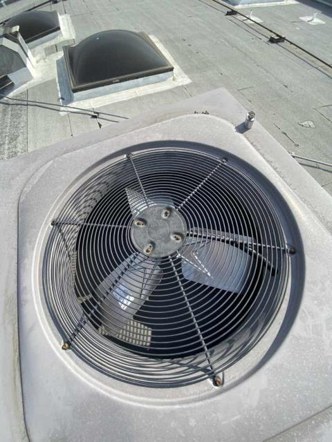 Scheduled approved air conditioning repairs for an office in Burbank, California. Our commercial technician brought a new condenser fan motor, blade and capacitor to install on their ICP system. After replacing parts, our tech tested the system and confirmed unit is operational again.
