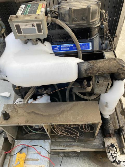 Our refrigeration technician in Kern County, California, responded to an emergency call for a walk-in freezer. He found that the system was out of refrigerant and leaking oil due to a broken swivel tee. Repaired and recharged the refrigerant. Tested system and cycled, unit back down to freezing temperatures.