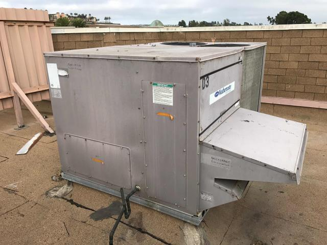 Carlsbad, CA - Repair electrical short and washed condenser coils on rooftop package air conditioner for national shoe store chain at Carlsbad Premium Outlets.
