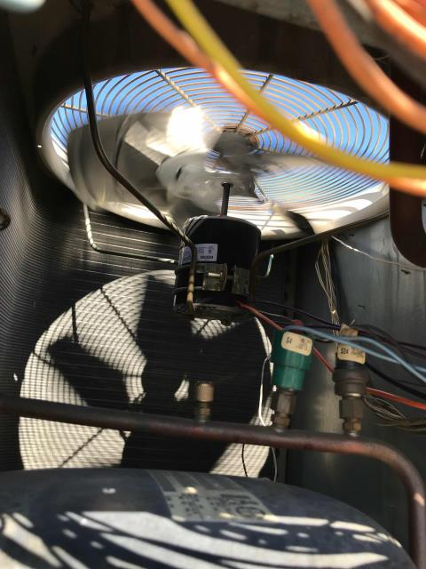 San Jose, CA - Commercial A/C tech arrived at retail store in San Jose, California to replace a condenser fan motor. He put the new motor in and tested all voltage to contactors. All components were found working.