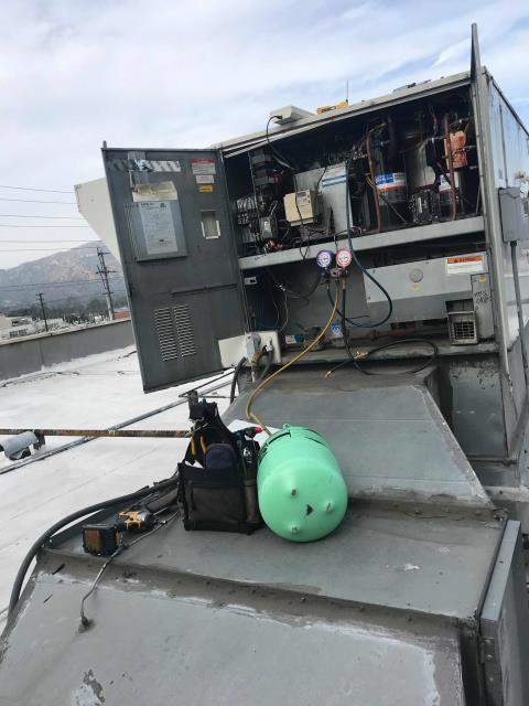 Glendale, CA - RESSAC tech returned to a surgery center in Glendale, CA, to recharge the operating room unit. Customer has been provided with a quote for coil replacement or complete replacement, we are waiting on a yes or no for full repairs. Temporary option today for short term cooling,