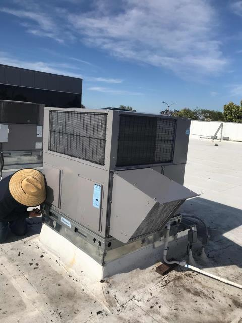 Installation team completed a like-for-like replacement of the air conditioner at a shipping store. Removed existing rusted out unit and placed a new Arcoaire 5 ton. Tested all ops, confirmed site is cooling again with no problems.