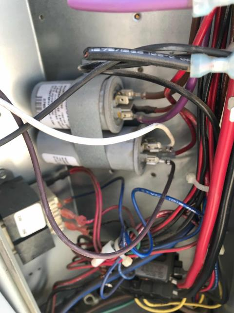 Fresno, CA - Fresno county AC technician returned to a check cashing store to resolve a recurring issue with their air conditioner. Was able to fix a wiring problem on the blower motor that caused the system to run backwards. Confirmed unit was working well again, site at 73 degrees.