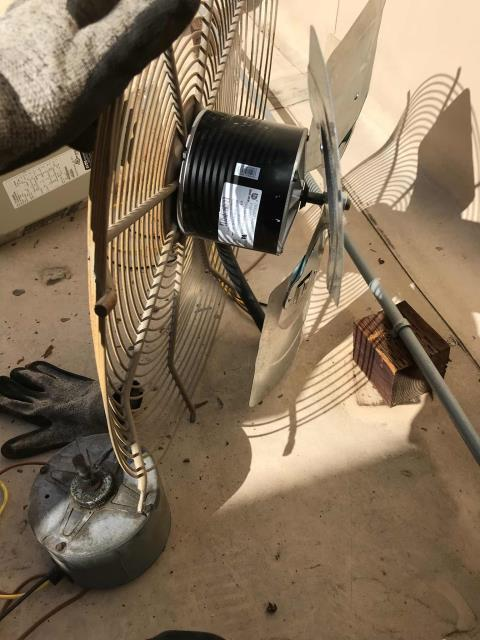 Thousand Oaks, CA - A cell phone store had quoted repairs scheduled for their #1 Payne heat pump unit. Tech brought parts onsite, replacing the condenser fan motor, blade and capacitor. Tested air conditioner after repairs, confirmed system is back up and running.