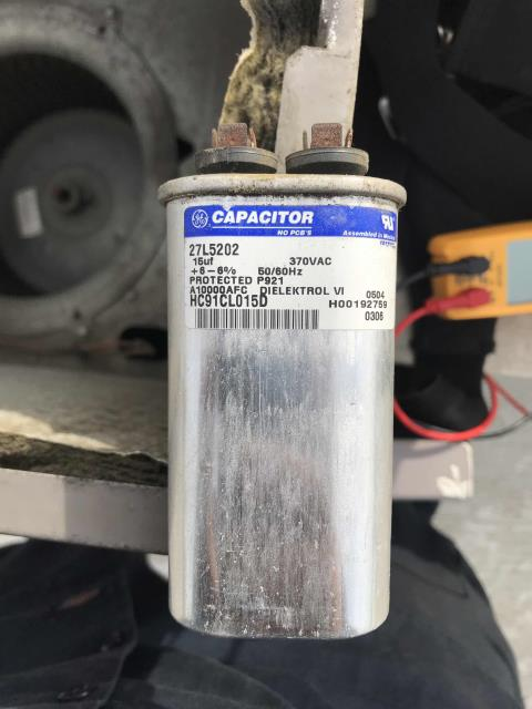 Pasadena, CA - An office in Pasadena, California was scheduled for standard minor A/C maintenance today. All filters were replaced on their commercial air conditioners. Tech inspected all motors, electrical and coils, tested heat and cooling. Found Carrier unit #3 with a defective transformer and weak capacitors. Only unit down, all other systems running. Will quote needed repairs to the customer.