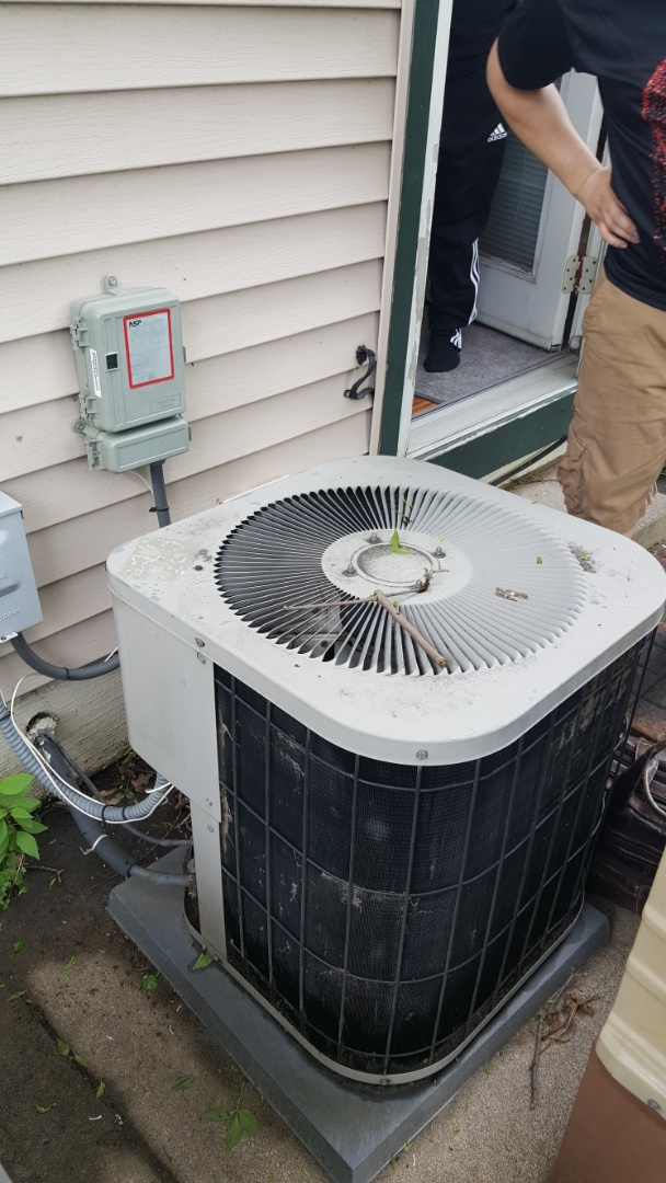Vadnais Heights, MN - Air conditioning estimate in Vadnais Heights