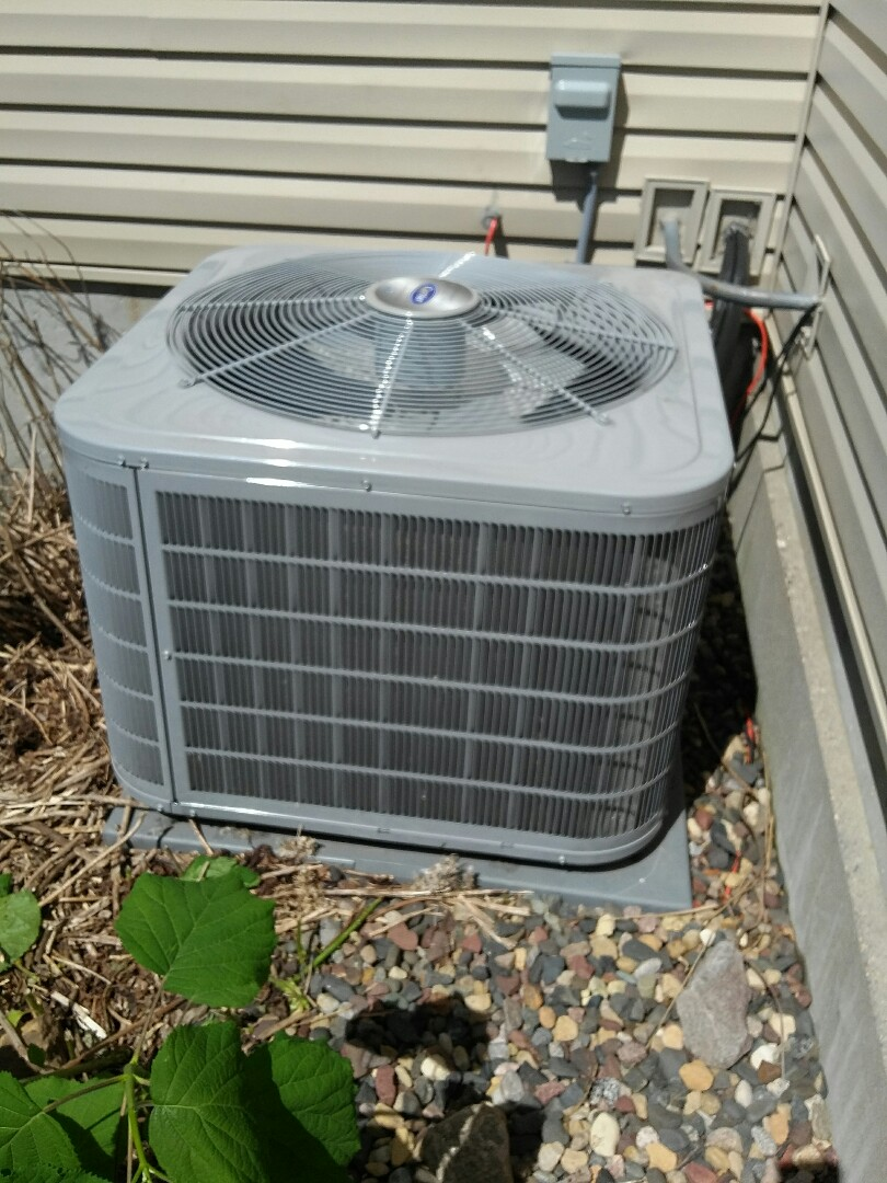 Apple Valley, MN - just completed a clean and tune on a Carrier furnace and a Carrier air conditioner in Apple Valley