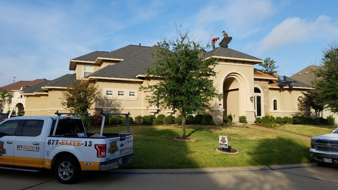 Spring, TX - Hail damaged roof.  Replacing with Timberline HD in charcoal.