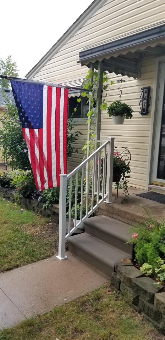 Dearborn Heights, MI - Heavy Duty aluminum step rail R-1000 white, new porch steps with 42 inch footing