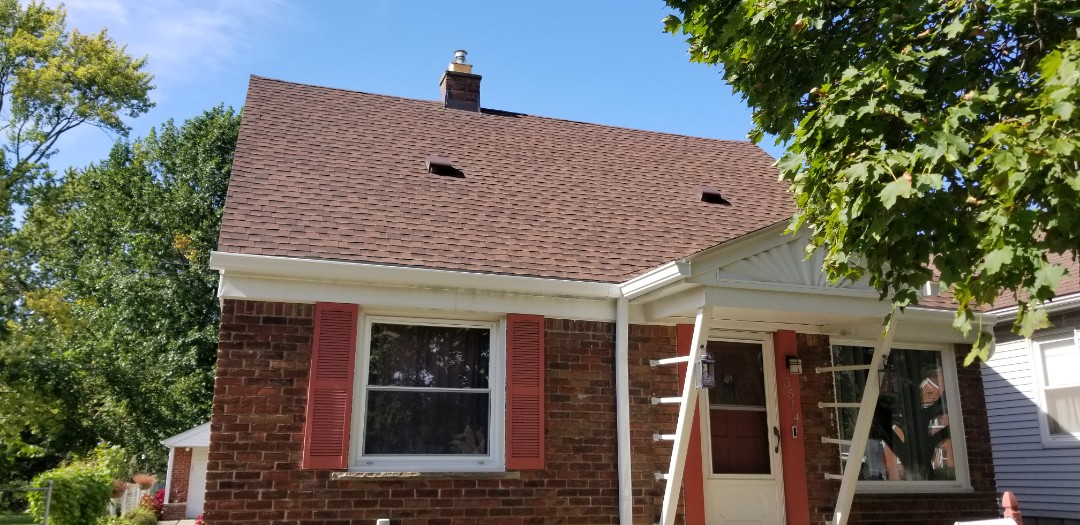 Dearborn, MI - Large gutters handle large amounts of water.  Six inch commercial gutter system