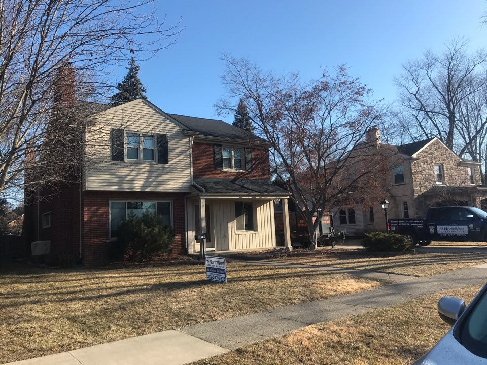 Dearborn, MI - New roof on this house in Dearborn GAF timberline HD