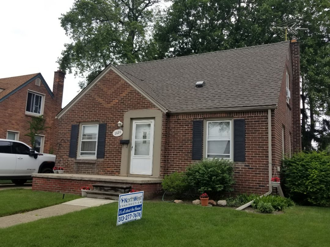 Dearborn, MI - GAF Timberline HDZ roofing system Weathered Wood Blend with GAF System Plus Lifetime transferrable warranty