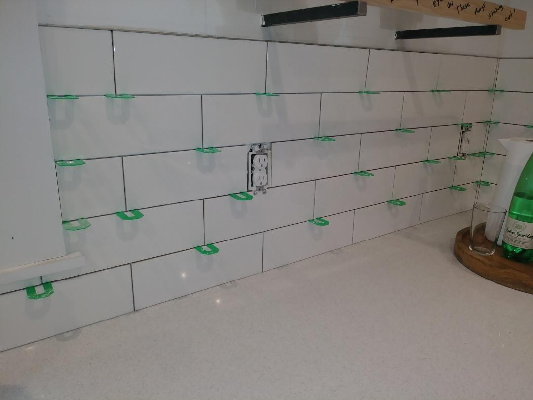 Worthington, OH - Custom tile installation in this modern kitchen remodel