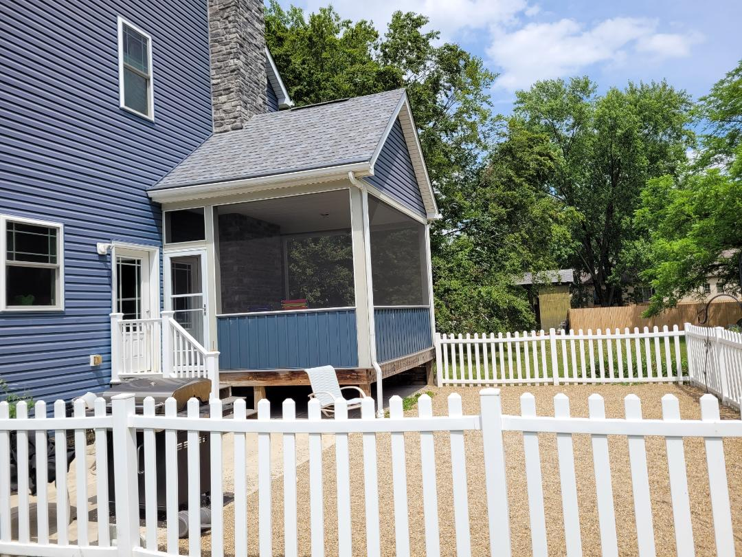 Worthington, OH - Screened in deck with a roof. Screened porch addition.