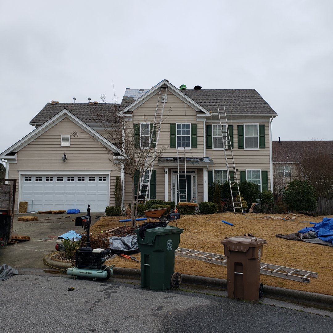 Cary, NC - New roof. CertainTeed Landmark pro weathered wood