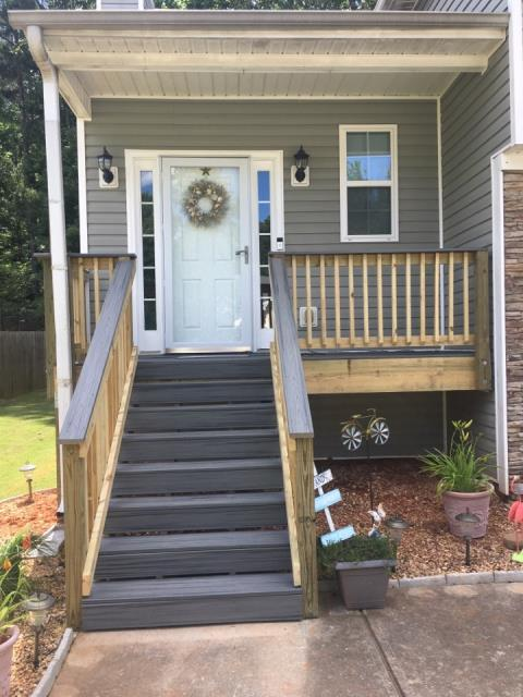 Villa Rica, GA - COMPLETED FRONT PORCH WITH TREX DECK BOARDS/TOP RAILING
