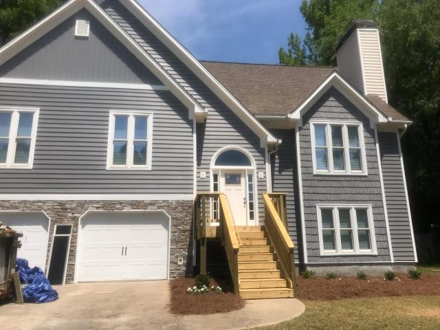 Kennesaw, GA - DECK AND SIDING REPLACEMENT COMPLETED IN KENNESAW, GA