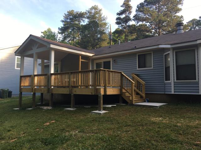 Stone Mountain, GA - DECK AND SIDING REPLACEMENT COMPLETED IN STONE MOUNTAIN, GA
