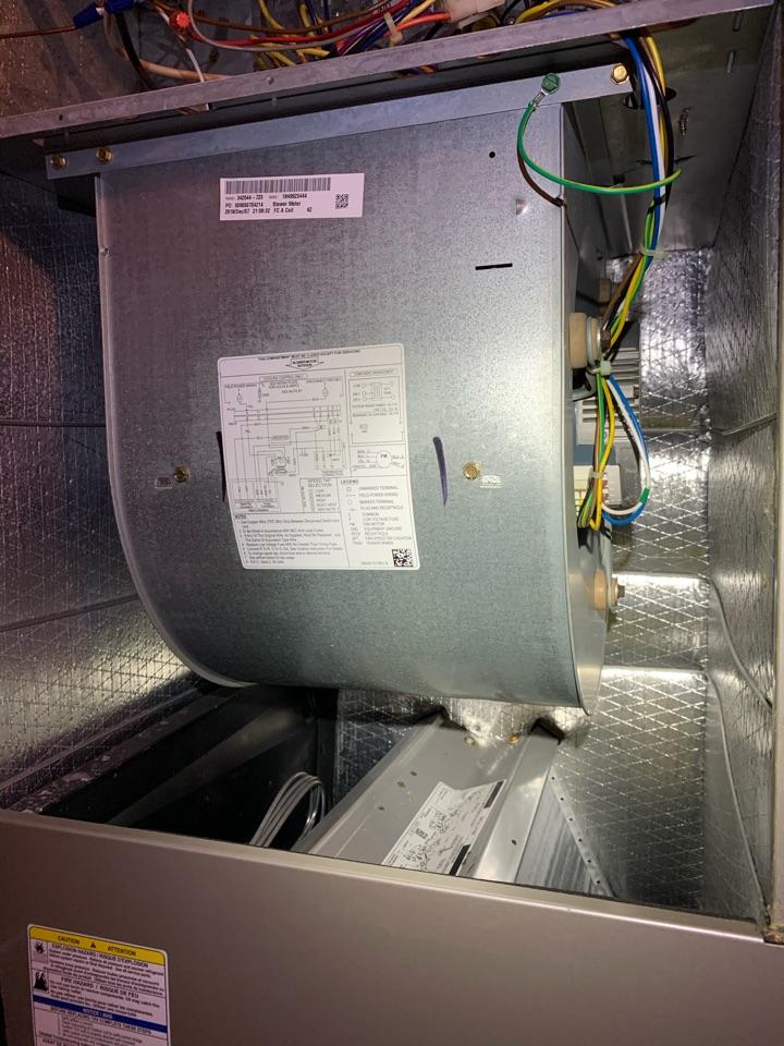 Rincon, GA - Installing a blower motor