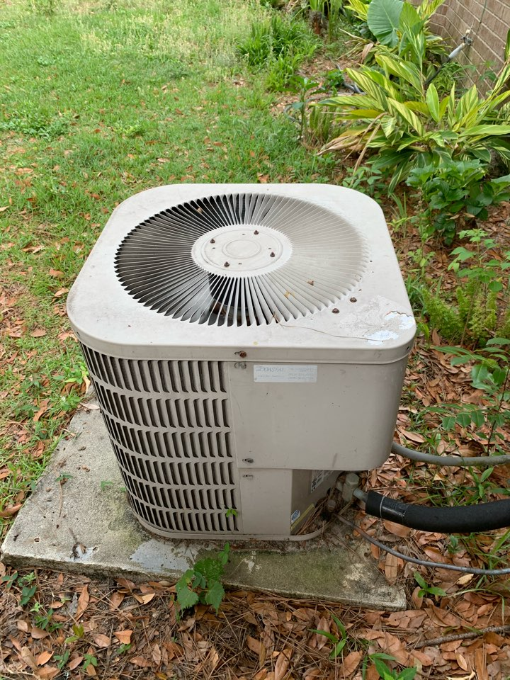 Savannah, GA - No cooling service call. Found a locked compressor.