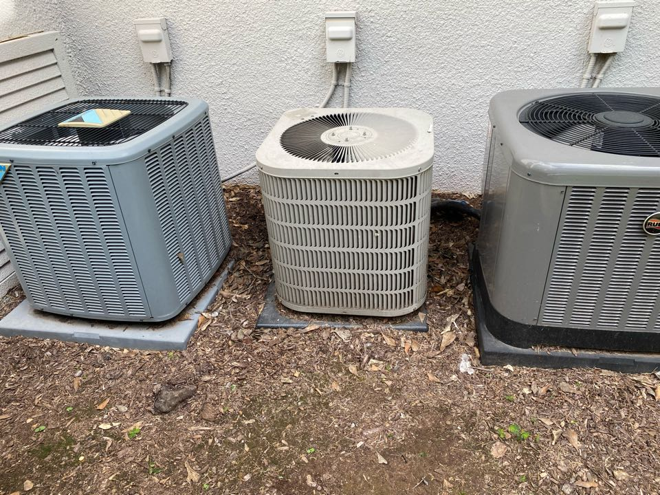 Atlanta, GA - Unit was low on refrigerant