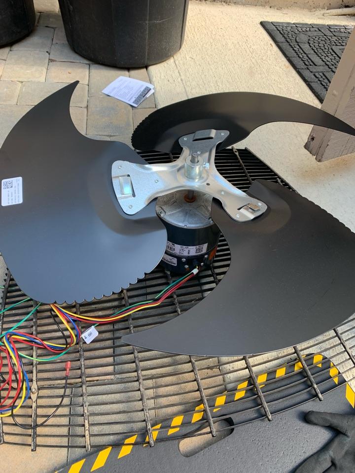 Hilton Head Island, SC - Installed a new condenser fan motor and new fan blade